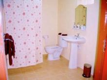 The pretty En-Suite Shower Room