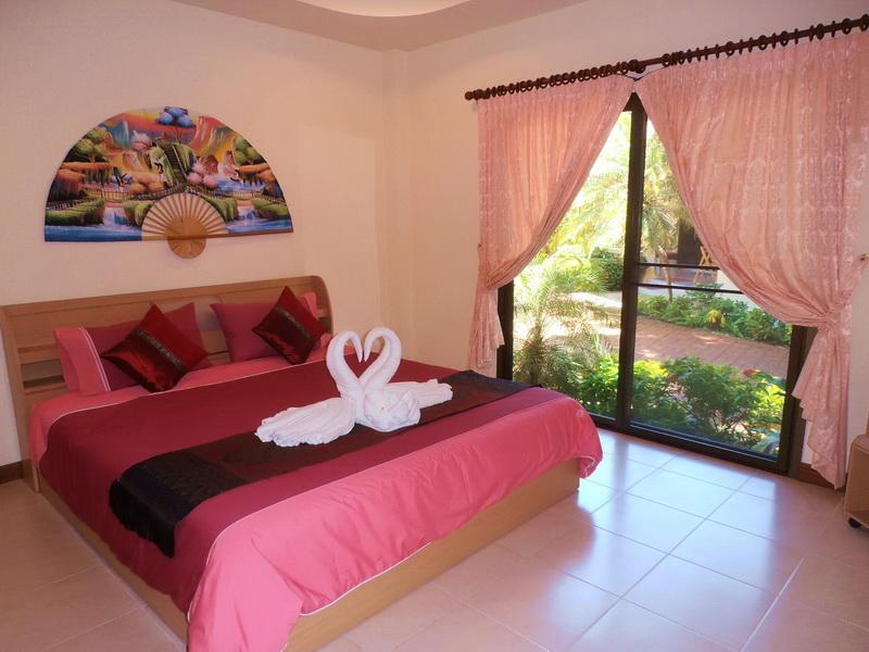 Master Bedroom with Patio Doors to the Garden