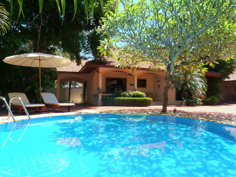 Beautiful Coconut Beach Villa