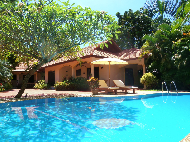 Peaceful Coconut Lagoon Villa